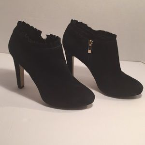 Banana Republic Suede Black Ankle Boots - Size 6.5